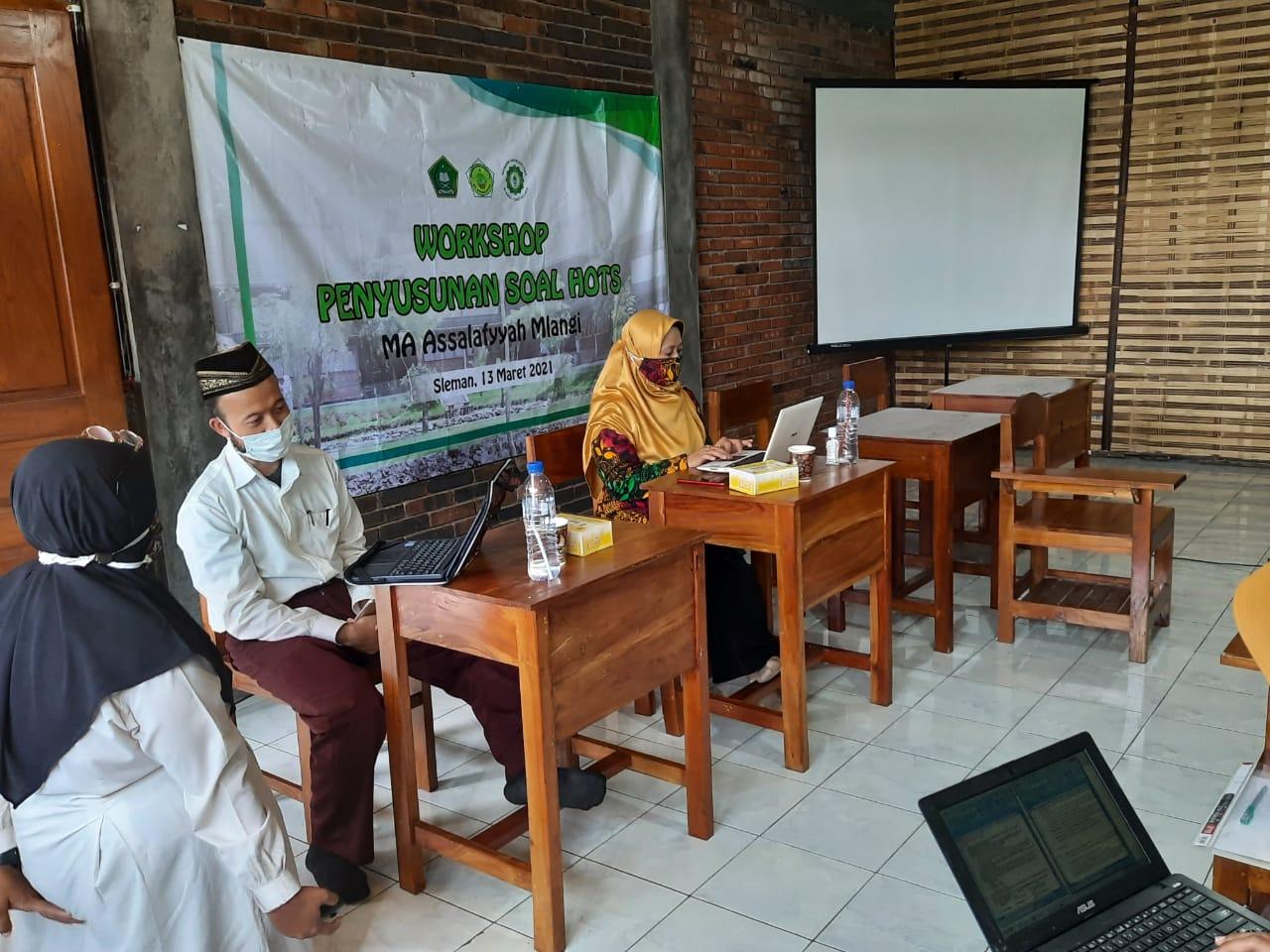 MA Assalafiyyah Adakan Workshop Penulisan Soal HOTS